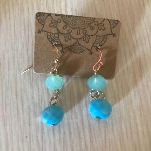 3/$15 Cut Glass Fishhook Earrings Aqua and Blue 👀